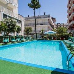 Hotel Aiglon бассейн фото 2