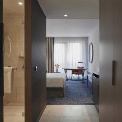 Отель Hyatt Regency Amsterdam Номер Делюкс с различными типами кроватей