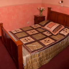 Гостиница Hamilton's Bed & Breakfast в Белгороде отзывы, цены и фото номеров - забронировать гостиницу Hamilton's Bed & Breakfast онлайн Белгород комната для гостей