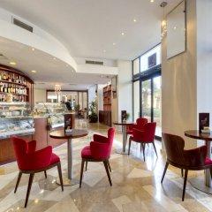 Marina Hotel Corinthia Beach Resort гостиничный бар фото 2