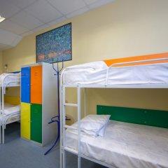 Хостел Аква Кровать в общем номере фото 4