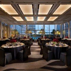 Отель Conrad Centennial Singapore