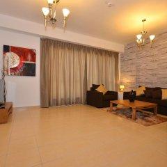 Отель Vacation Holiday Homes - Jumeirah Beach Residences комната для гостей фото 8