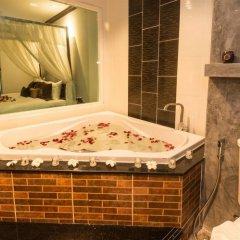 Tanawan Phuket Hotel 3* Люкс с различными типами кроватей фото 2
