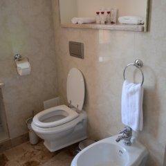 Гостиница Яр в Оренбурге 3 отзыва об отеле, цены и фото номеров - забронировать гостиницу Яр онлайн Оренбург ванная