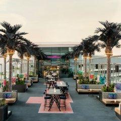 Отель W Dubai The Palm Дубай бассейн