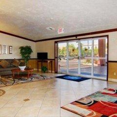Отель Best Western Plus Las Vegas West фитнесс-зал