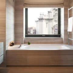 Armani Hotel Milano 5* Номер Делюкс с различными типами кроватей фото 3