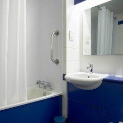Отель Travelodge Brighton Великобритания, Брайтон - отзывы, цены и фото номеров - забронировать отель Travelodge Brighton онлайн ванная фото 3