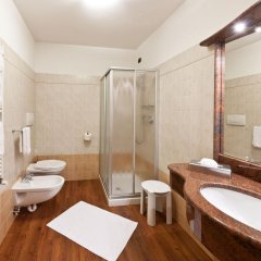 Hotel La Maison Wellness & SPA Алеге ванная