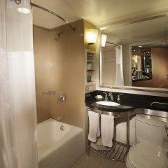 Отель New York Hilton Midtown 4* Семейный смежный номер с 2 отдельными кроватями фото 4