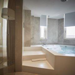 Отель IH Hotels Milano Ambasciatori 4* Люкс с различными типами кроватей фото 9