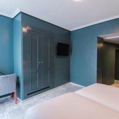 Отель Petit Palace Puerta de Triana 3* Двухместный номер с различными типами кроватей