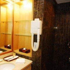Отель Beijing Ping An Fu Hotel Китай, Пекин - отзывы, цены и фото номеров - забронировать отель Beijing Ping An Fu Hotel онлайн ванная фото 5