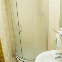Гостиница Саяны 2* Номер Комфорт разные типы кроватей фото 14