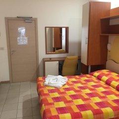 Отель Happy Римини комната для гостей