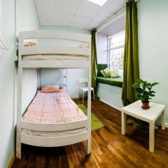 Хостел Old Flat на Невском Кровать в общем номере с двухъярусной кроватью