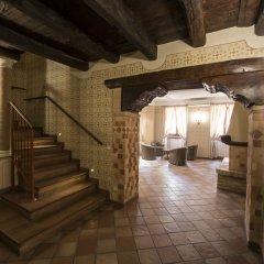 Hotel Sesmones Корнельяно Лауденсе комната для гостей фото 5