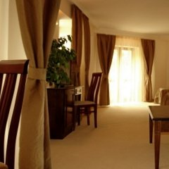 Отель Hi комната для гостей