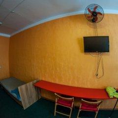 Хостел Хабаровск B&B Кровать в общем номере с двухъярусной кроватью фото 14