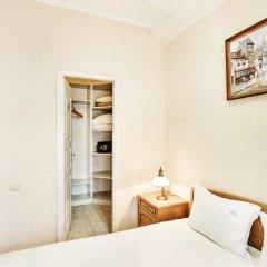 Гостиница Бристоль 3* Стандартный семейный номер разные типы кроватей фото 2