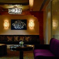 Отель The Ritz-Carlton Abu Dhabi, Grand Canal развлечения фото 3