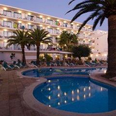 Отель Elegance Vista Blava бассейн