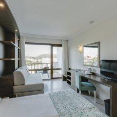 Отель Alua Hawaii Mallorca & Suites 4* Стандартный номер с различными типами кроватей фото 3