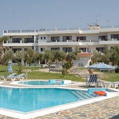 Отель Helena Christina бассейн фото 2