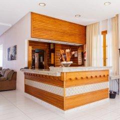 Отель Club Santa Ponsa интерьер отеля