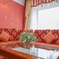 Гостиница Степная Пальмира в Оренбурге отзывы, цены и фото номеров - забронировать гостиницу Степная Пальмира онлайн Оренбург комната для гостей фото 2