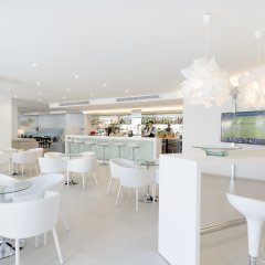 Отель Delfin Playa гостиничный бар
