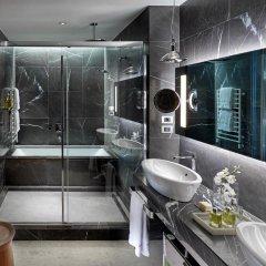 Отель Mandarin Oriental, Milan 5* Улучшенный номер с различными типами кроватей фото 2
