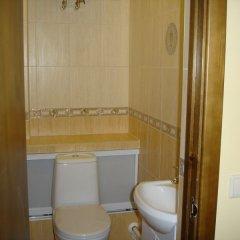 Гостевой дом Три клена ванная фото 5