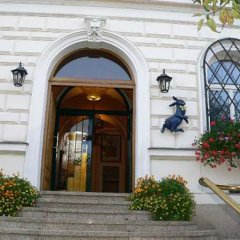 Hotel U Blazenky Прага вид на фасад
