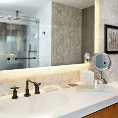 Renaissance New York Midtown Hotel 4* Люкс с различными типами кроватей фото 2