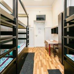 Хостел Хогвардс Кровать в женском общем номере с двухъярусной кроватью фото 6