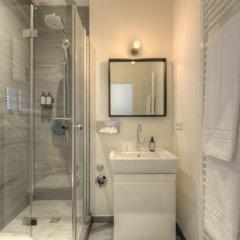 Отель B-Boardinghouse Германия, Дюссельдорф - отзывы, цены и фото номеров - забронировать отель B-Boardinghouse онлайн ванная