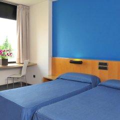 Отель AS Hoteles Porta Catalana Агульяна комната для гостей фото 3
