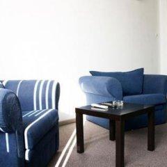 Гостиница Serviced Smolenskaya Square комната для гостей