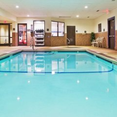 Отель Hampton Inn Niagara Falls/ Blvd США, Ниагара-Фолс - отзывы, цены и фото номеров - забронировать отель Hampton Inn Niagara Falls/ Blvd онлайн бассейн фото 2