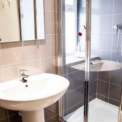 Отель Hulot B&B Valencia Испания, Валенсия - 4 отзыва об отеле, цены и фото номеров - забронировать отель Hulot B&B Valencia онлайн ванная