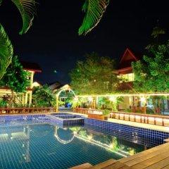 Отель Avila Resort бассейн