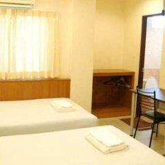 Отель Rambuttri House удобства в номере