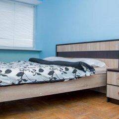 Апартаменты Apartment Svobody 6b комната для гостей фото 5