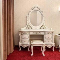 Гостиница Император Люкс с двуспальной кроватью фото 10