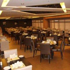 Отель Lotus питание