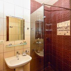 Отель British House 4* Стандартный номер с двуспальной кроватью фото 12