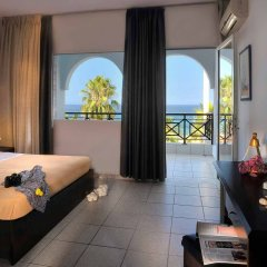 Отель Acrotel Lily Ann Beach комната для гостей
