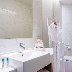 Отель BIG Hotel Сингапур, Сингапур - 1 отзыв об отеле, цены и фото номеров - забронировать отель BIG Hotel онлайн ванная фото 2